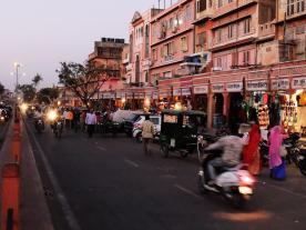 ghat_darwaza_bazar_road